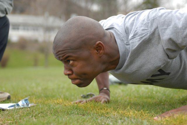 Diese 3 Übungen sollten Fußballer jeden Tag machen